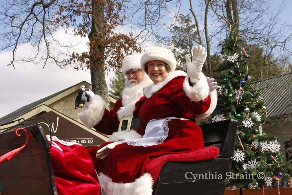 HIGHLANDS OLD MOUNTAIN CHRISTMAS PARADE
